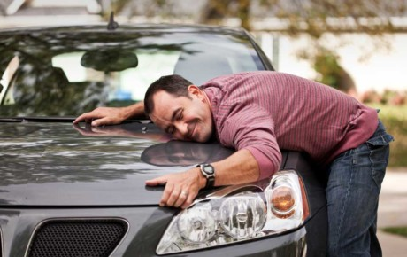 4 dicas para economizar e comprar o primeiro carro